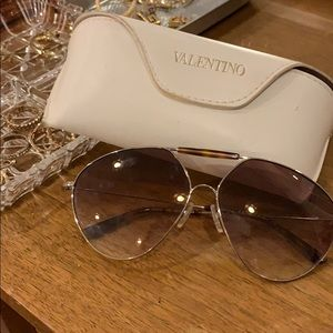 Authentic Valentino Aviator Sunglasses
